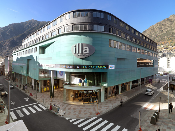 Sportech outlet andorra illa carlemany i magatzems pyr n es - Centre comercial illa ...